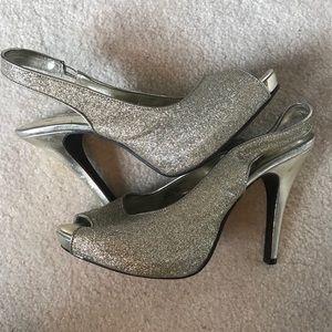 Gold Lulu Townsend open toed heels